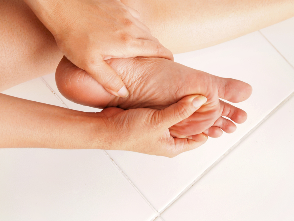 Foot pain chiropractic care in Solon.