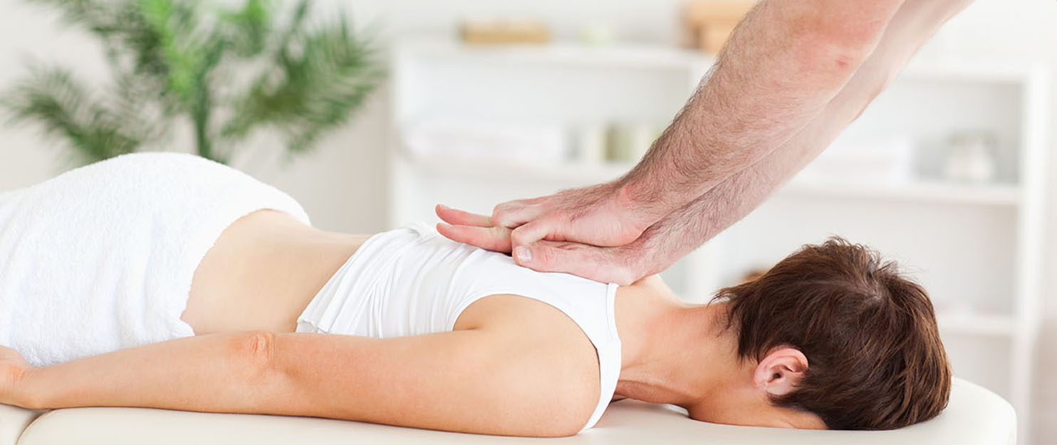 Woman getting massage therapy in Solon, Oh.